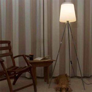 Luminária de Chão Tripé Moderna Life