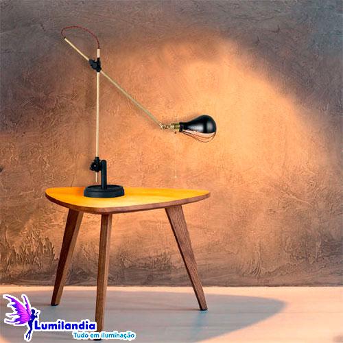 Luminária de Mesa Abajur Articulado Mecânico